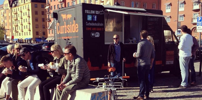 Rullande restaurang i Stockholm med goda burgare