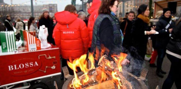 Jullunch för Stockholms hemlösa i Kungsträdgården 18 december 2014