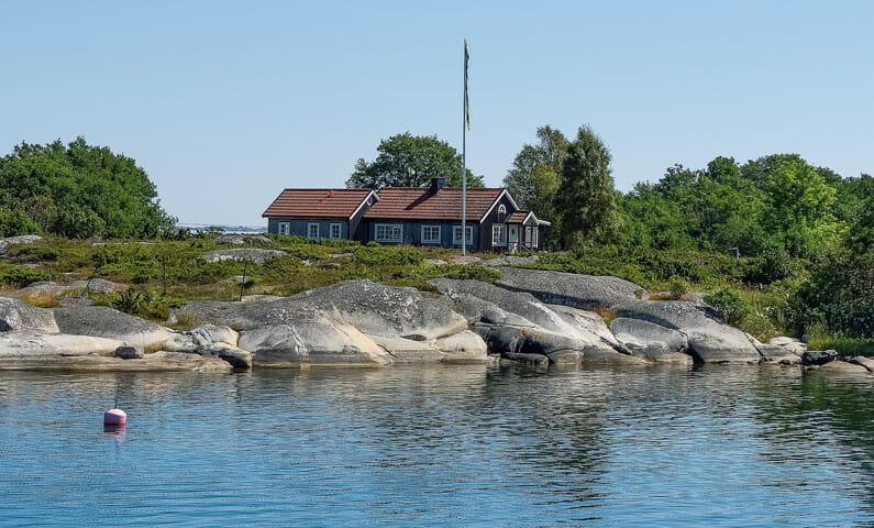 Rödlöga i Stockholms skärgård