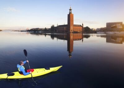 Paddla kajak genom Stockholm