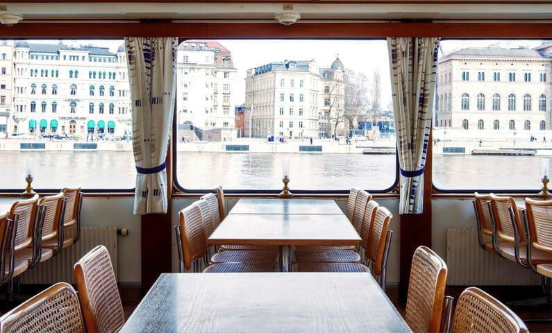 M/S Vindhem sightseeing Stockholm