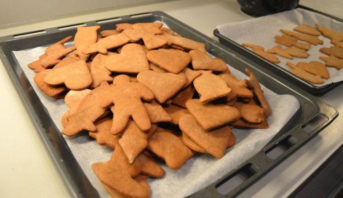 Christmas Baking with Swedish Pepparkakor
