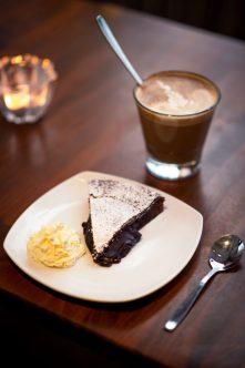 Fikastund på Café Kladdkakan