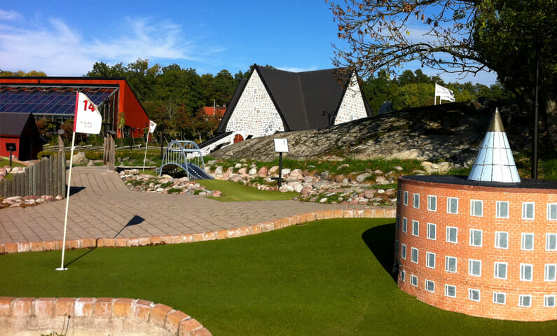 Siggesta Gård miniature golf course