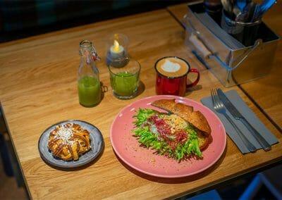 downtown-camper-cafe-10