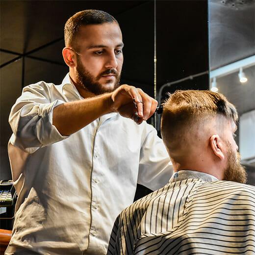 Man Stockholm Barbershop barberare