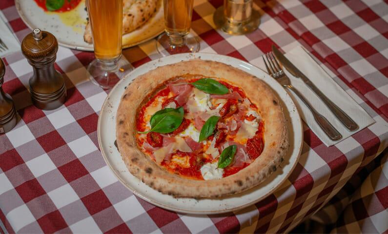 Tre Valv - pizza Gamla stan