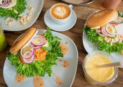 the bagel café